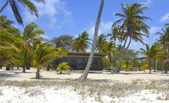 Beachfront Building Plot - Palm Island