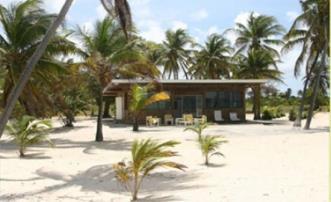 Beachfront Villa Hairoun - Palm Island