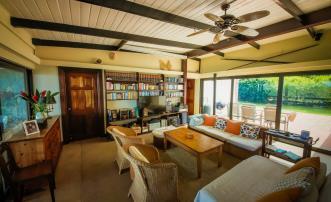 Summer Breeze & Pineapple Cottage
