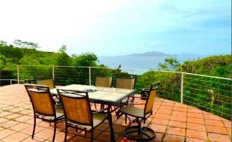Flamboyant Villa - Union Island