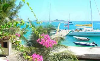 Waterfront Hotel & Restaurant Bougainvilla - Union Island