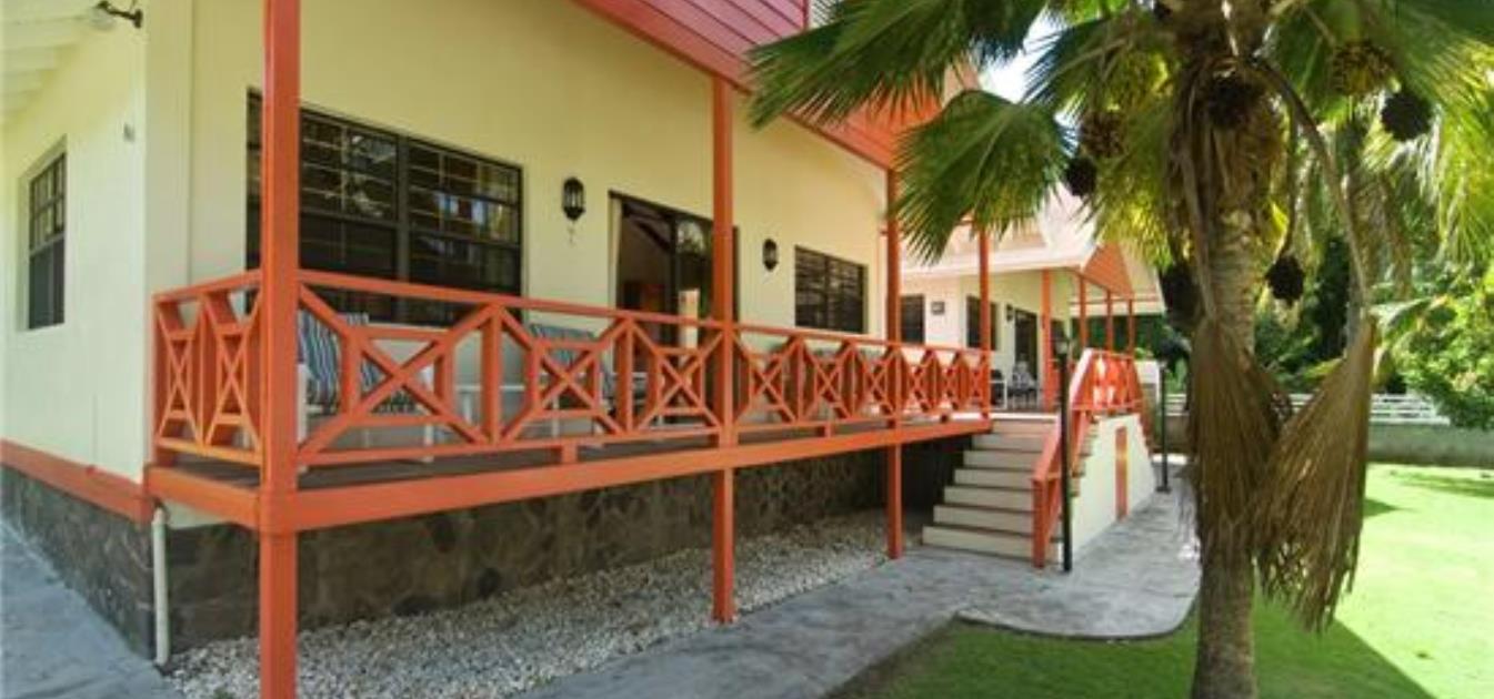 Kingsville 4 Cottages Option