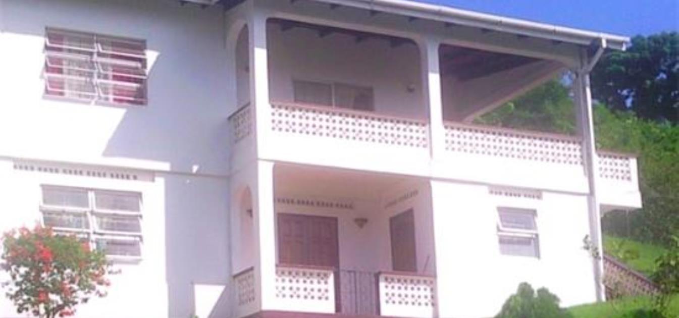 Lance Aux Epines House