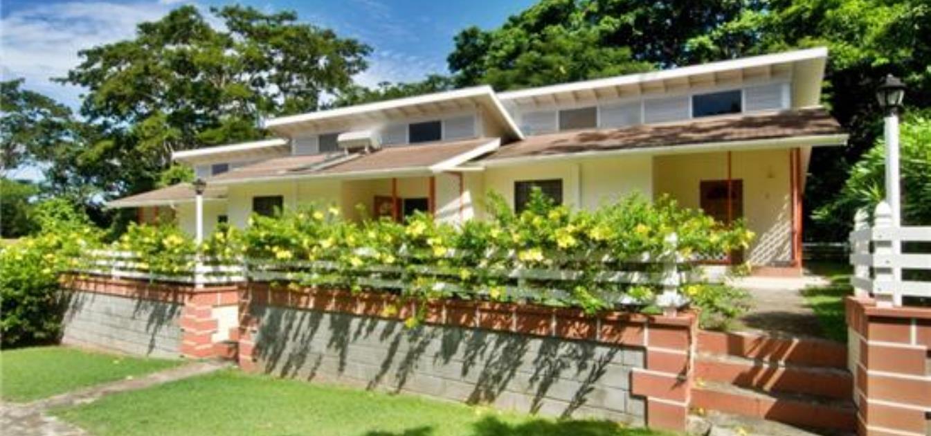 Kingsville 2 Large Cottages Option