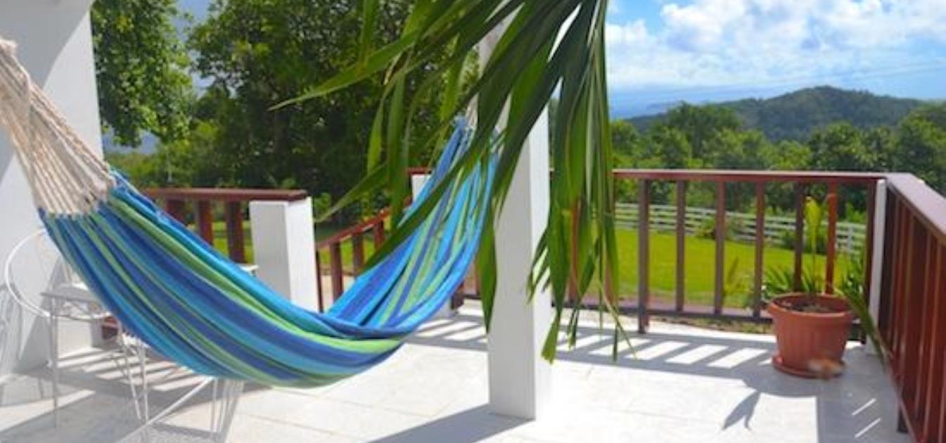 vacation-rentals/st-vincent-and-the-grenadines/bequia/port-elizabeth/cinnamon-houze