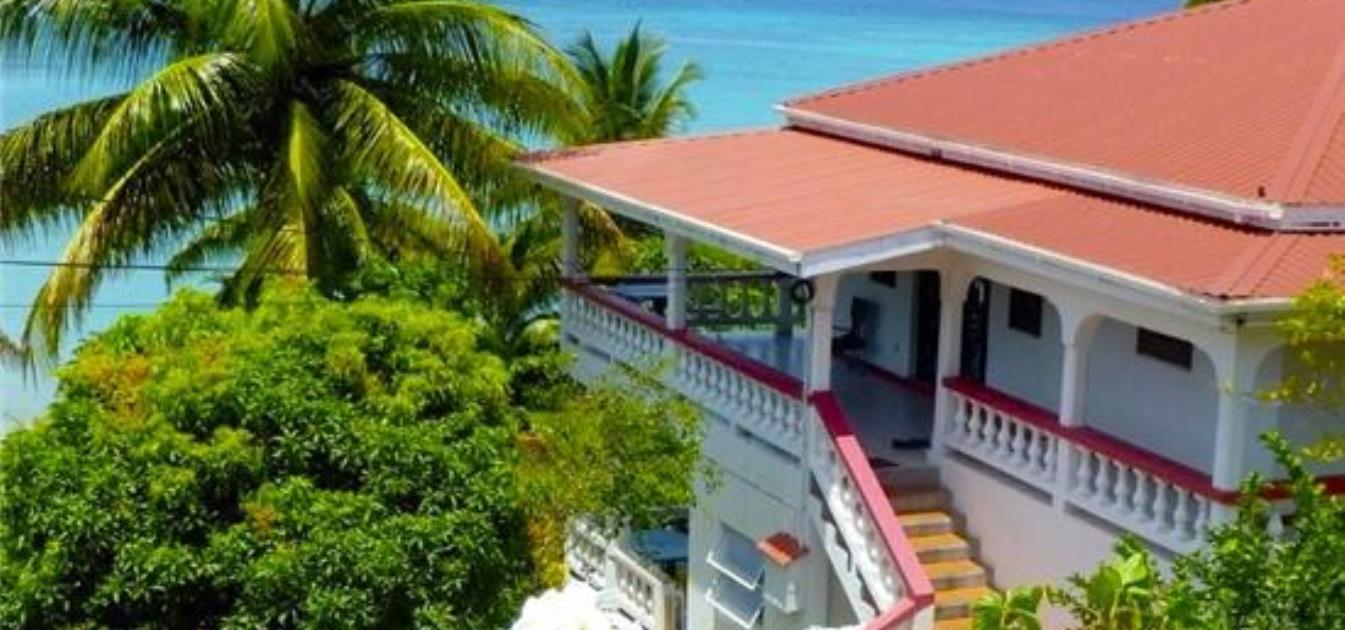 vacation-rentals/grenada/grenada-island/grand-anse/mango-beach-front-garden-apartment
