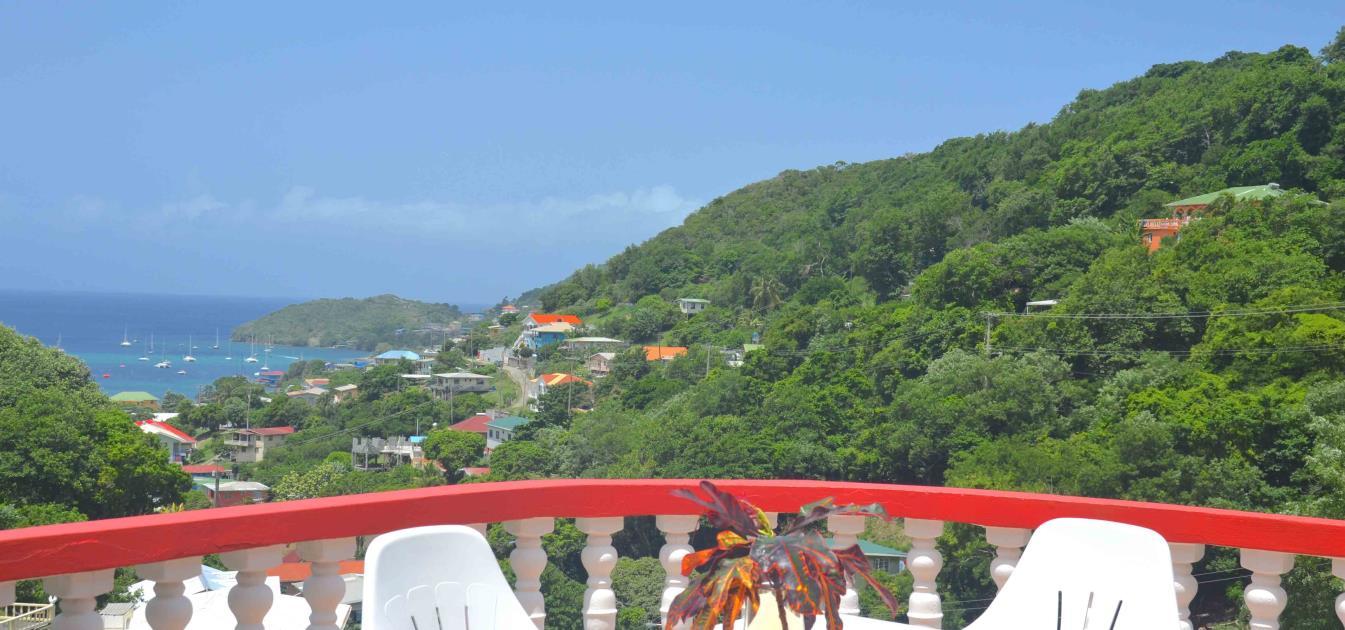 vacation-rentals/st-vincent-and-the-grenadines/bequia/port-elizabeth/st-james-apt-upper-floor