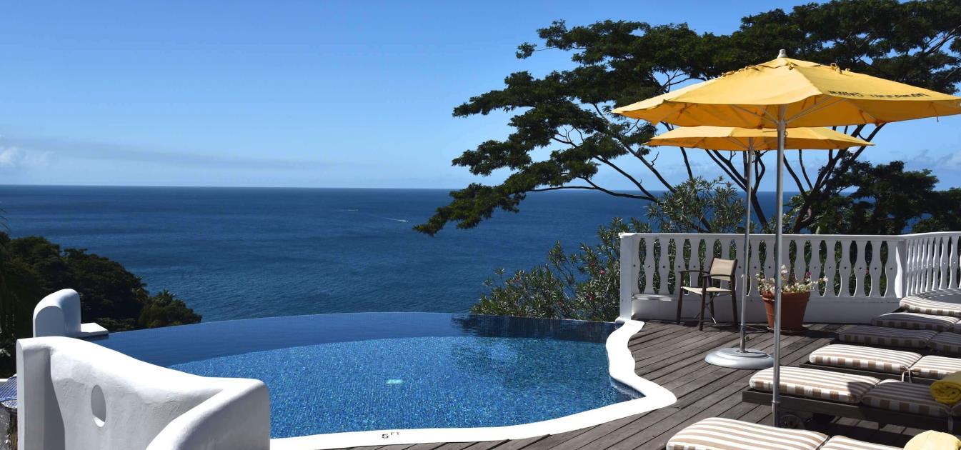 vacation-rentals/grenada/grenada-island/victoria/mount-edgecombe-plantation-nutmeg-room-3