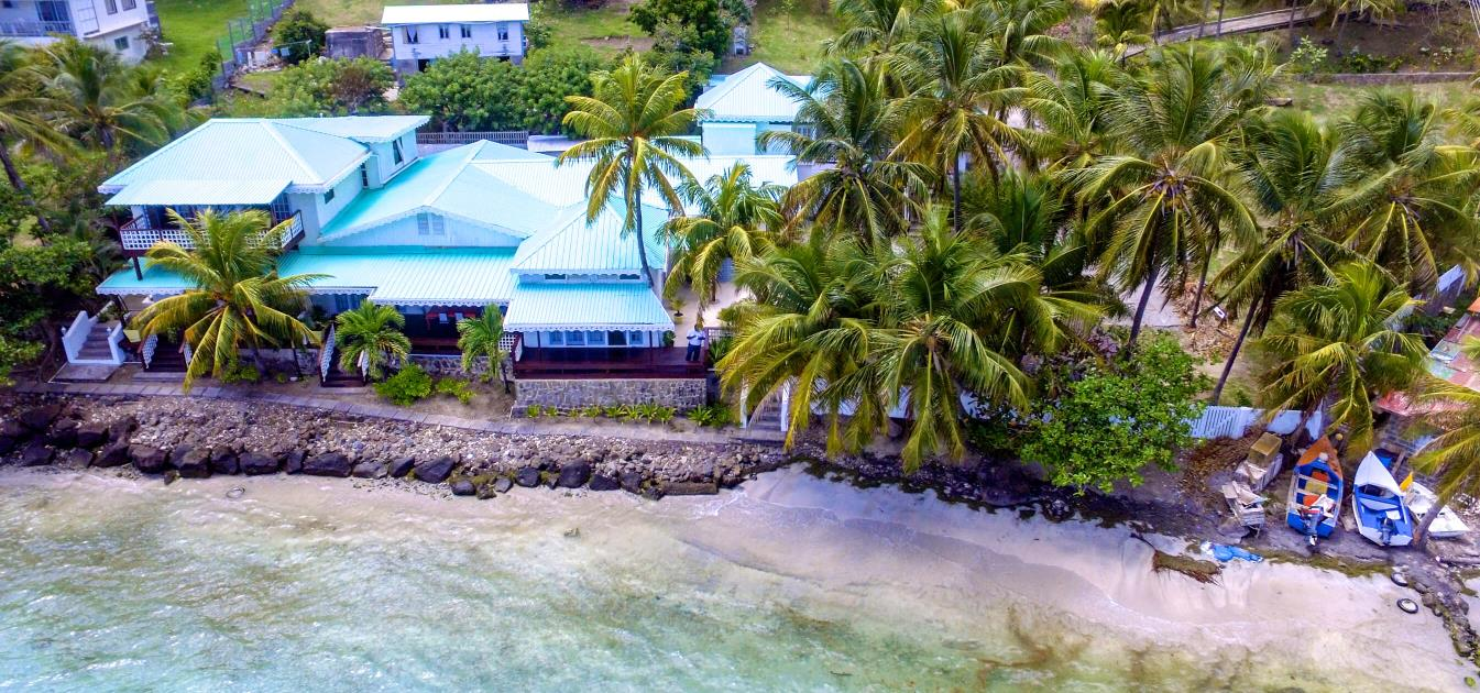 vacation-rentals/st-vincent-and-the-grenadines/bequia/friendship-bay/bequia-beachfront-estate-5-bedroom-villa