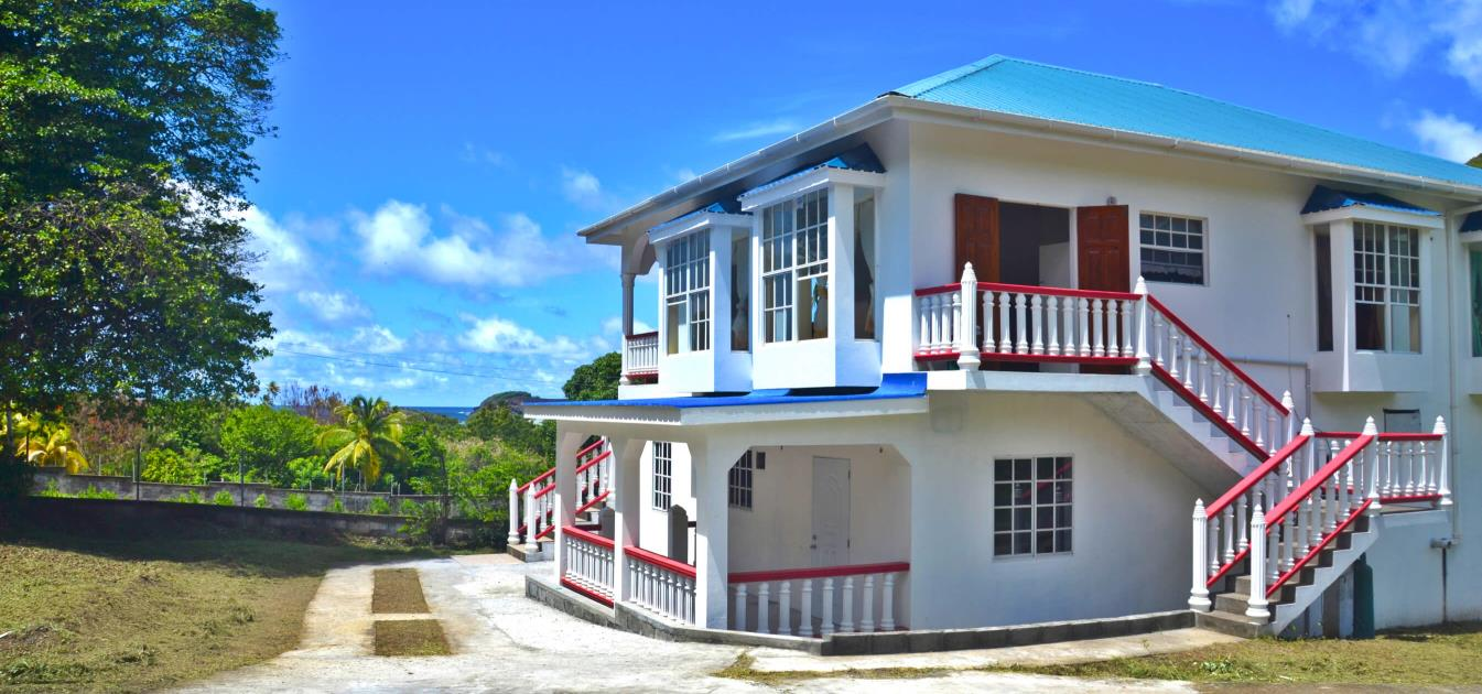 vacation-rentals/st-vincent-and-the-grenadines/bequia/friendship-bay/royal-view-villa