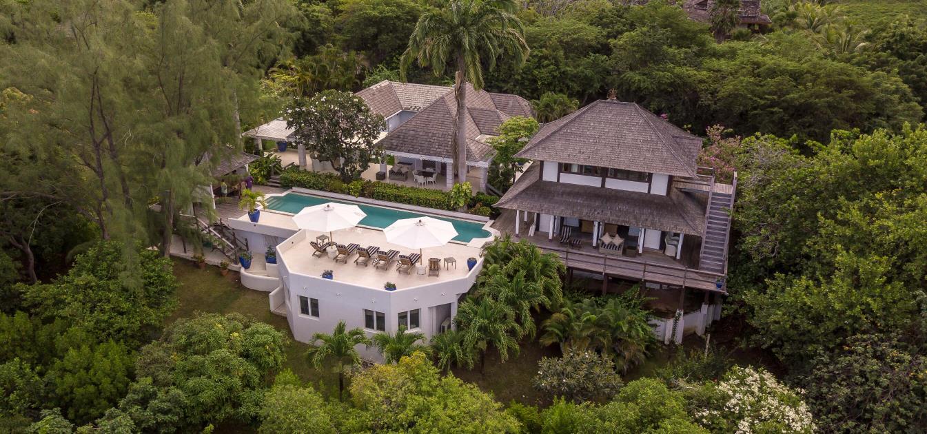 vacation-rentals/st-vincent-and-the-grenadines/mustique/central-hillside/azure