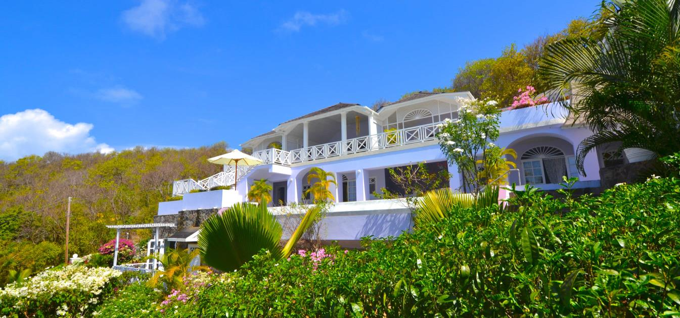vacation-rentals/st-vincent-and-the-grenadines/bequia/mount-pleasant/jacaranda-pool-apartment