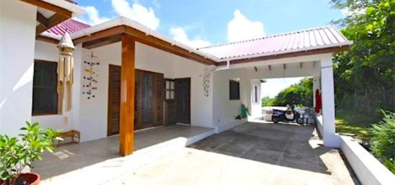 vacation-rentals/st-vincent-and-the-grenadines/bequia/hope-bay/blue-horizon-villa