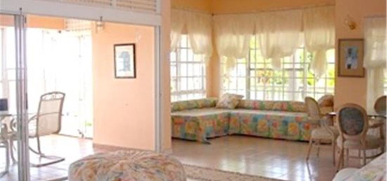 vacation-rentals/st-vincent-and-the-grenadines/st--vincent/harmony-hall/harmony-penthouse-apartment