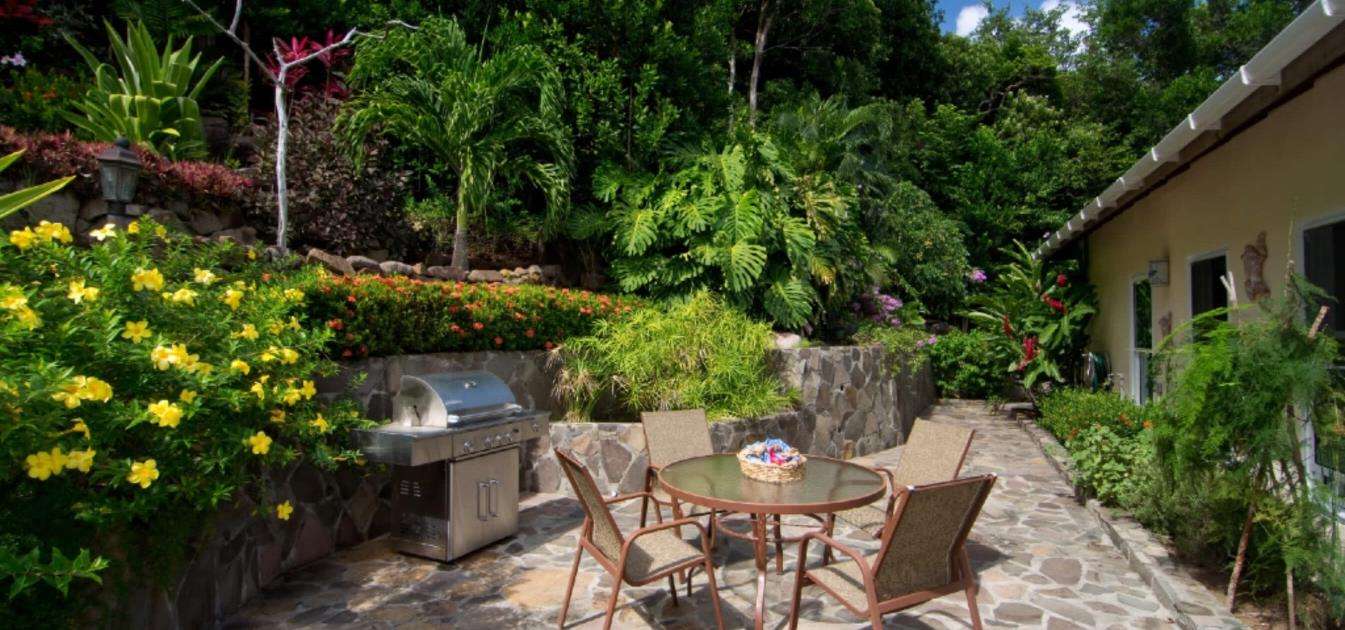 vacation-rentals/st-vincent-and-the-grenadines/bequia/spring/bay-tree-2-bed-villa