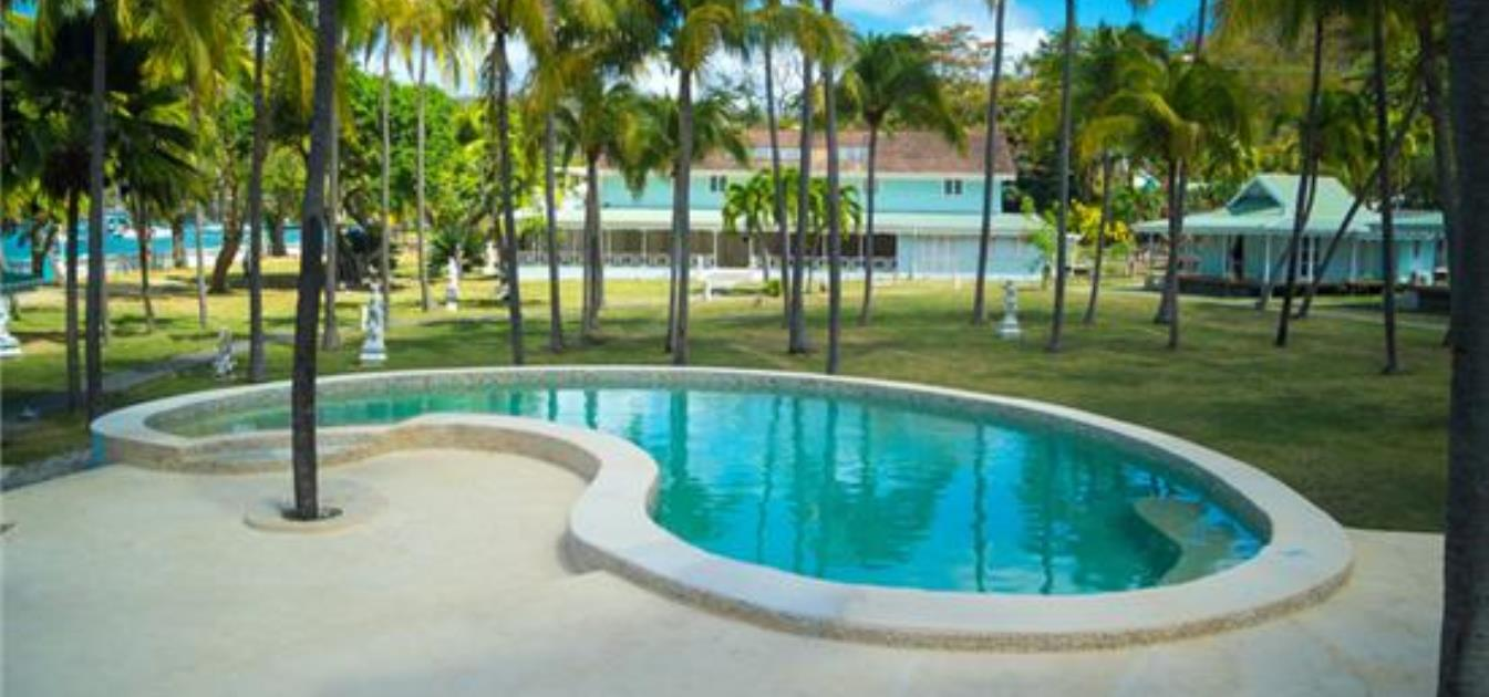 vacation-rentals/st-vincent-and-the-grenadines/bequia/belmont/plantation-hotel-bequia-beach-front-villa