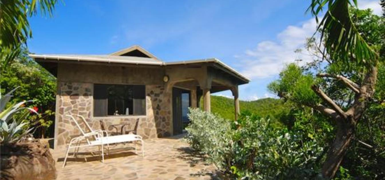 vacation-rentals/st-vincent-and-the-grenadines/bequia/spring/lime-cottage-and-studio