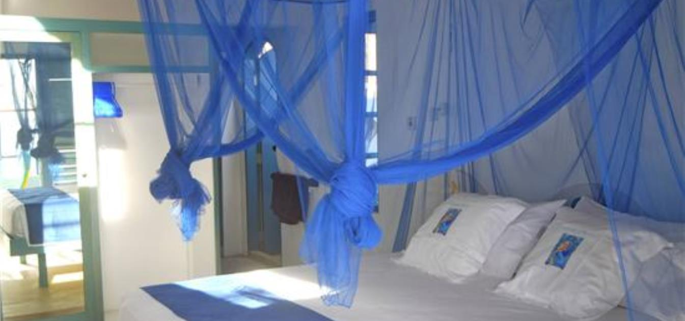 vacation-rentals/st-vincent-and-the-grenadines/bequia/princess-margaret/a-shade-of-blues-apartment