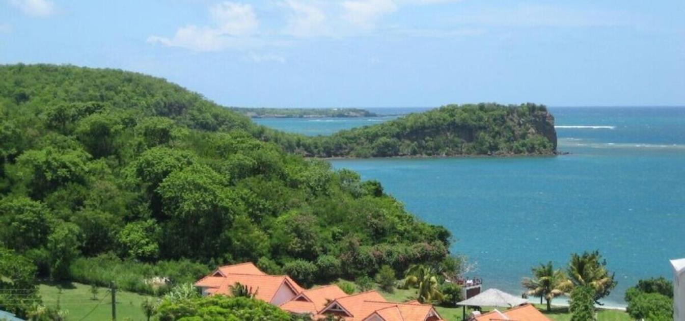 vacation-rentals/grenada/grenada-island/lance-aux-epines/kingfisher-beach-villa
