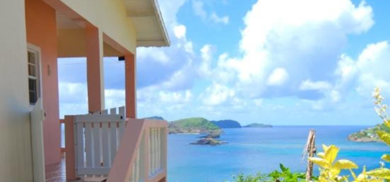 vacation-rentals/st-vincent-and-the-grenadines/bequia/friendship-bay/grenadines-view-villa