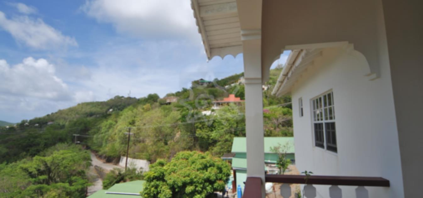 vacation-rentals/st-vincent-and-the-grenadines/bequia/lower-bay/hill-top-lower