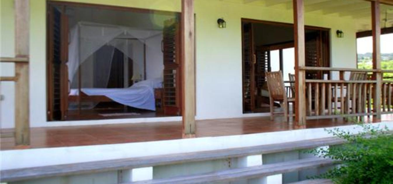 vacation-rentals/grenada/grenada-island/crochu/two-bays-ocean-view-apartment