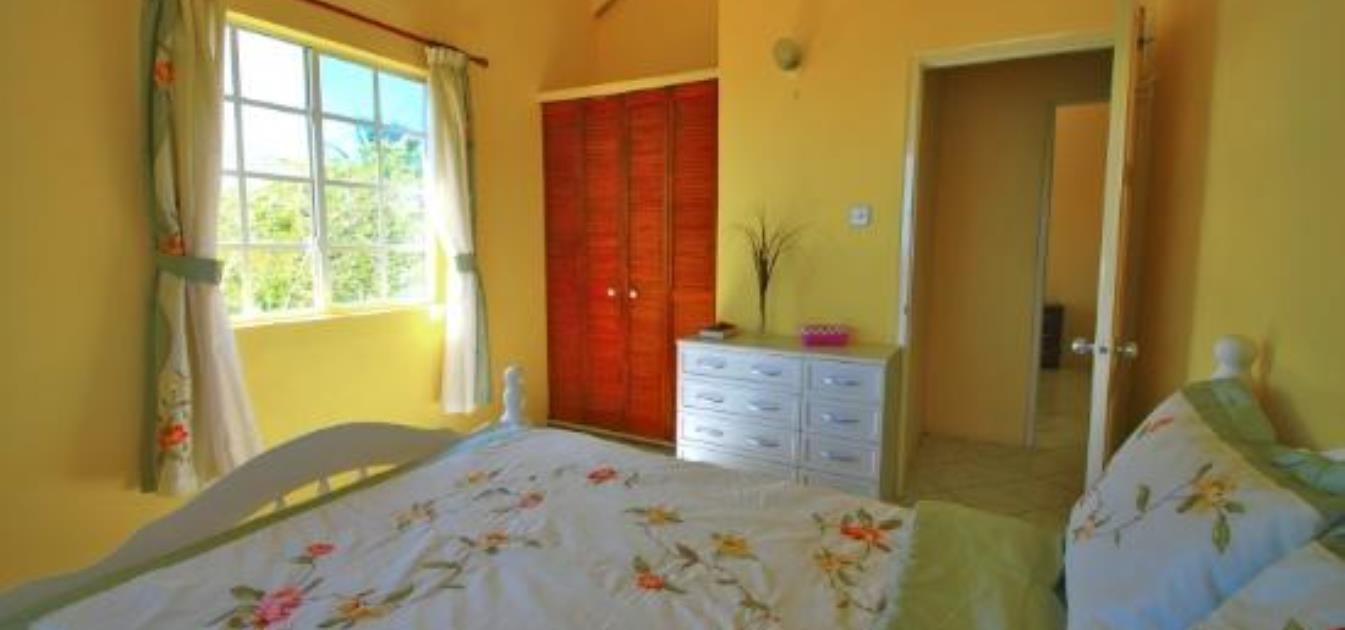 vacation-rentals/st-vincent-and-the-grenadines/bequia/hope-bay/atlantic-view-villa
