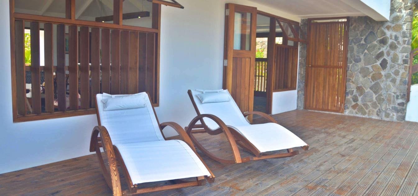 vacation-rentals/st-vincent-and-the-grenadines/bequia/crown-point/crown-point-house