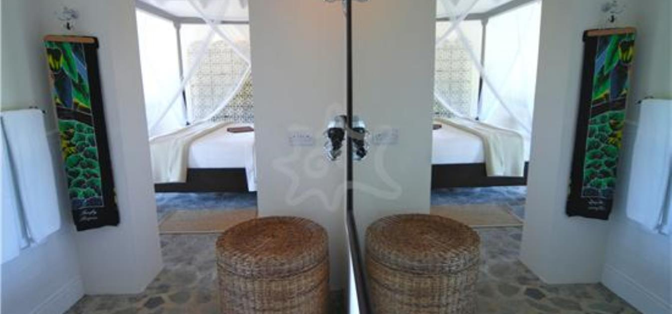 vacation-rentals/st-vincent-and-the-grenadines/bequia/spring/firefly-bequia-plantation-cottage