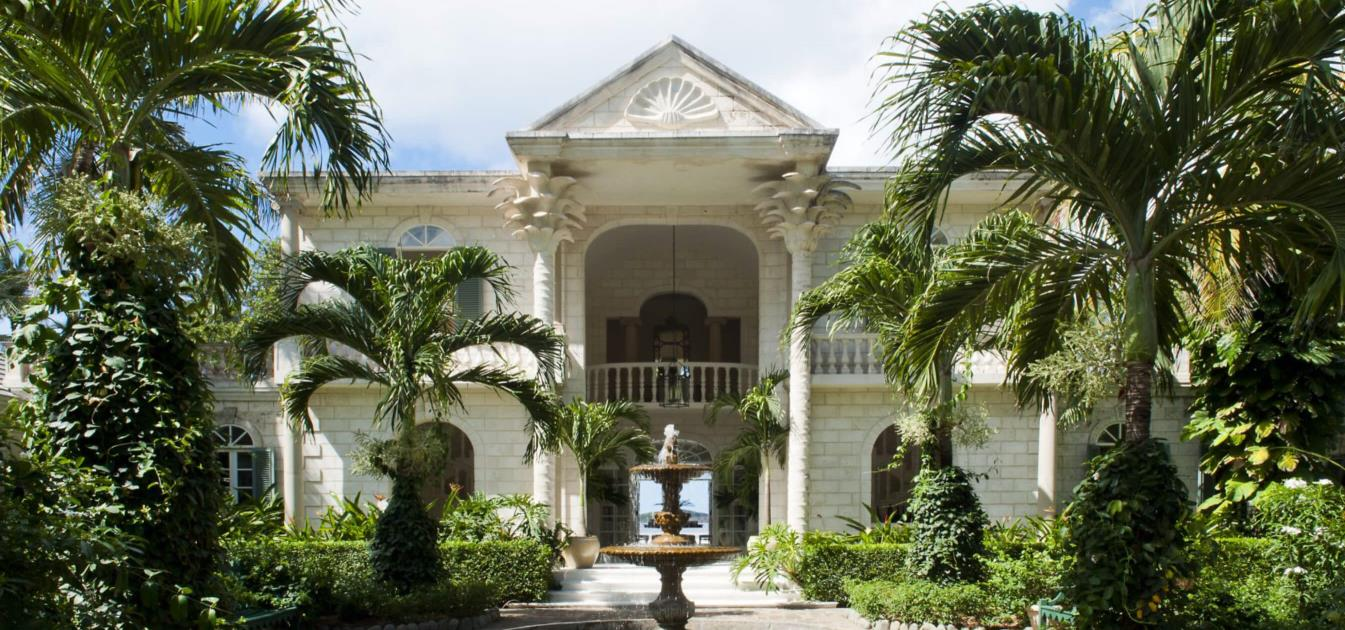 vacation-rentals/st-vincent-and-the-grenadines/mustique/l'anescoy-bay/palm-beach-villa