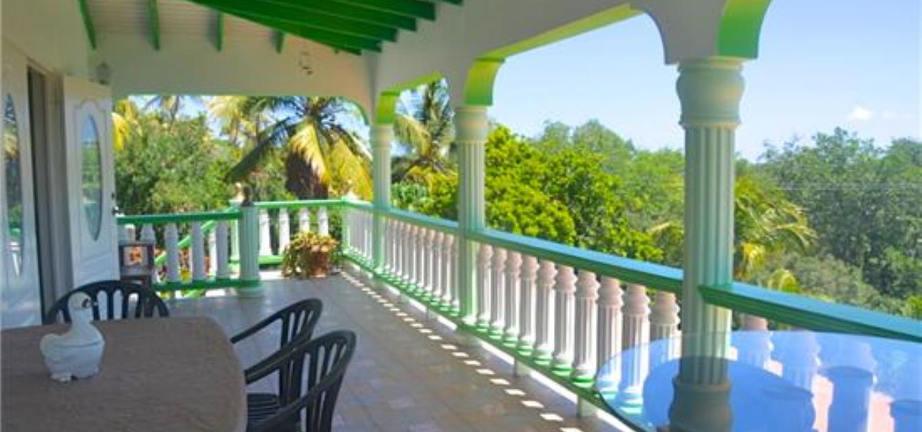 vacation-rentals/st-vincent-and-the-grenadines/bequia/hope-bay/hope-cove-house