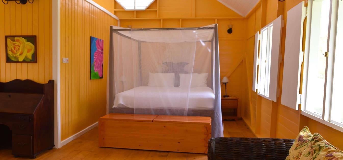 vacation-rentals/grenada/grenada-island/victoria/mount-edgecombe-plantation-nutmeg-room-1