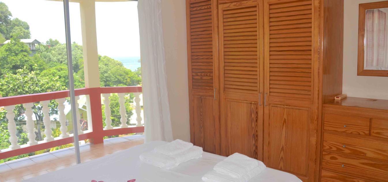 vacation-rentals/st-vincent-and-the-grenadines/bequia/port-elizabeth/st-james-apt-lower-floor