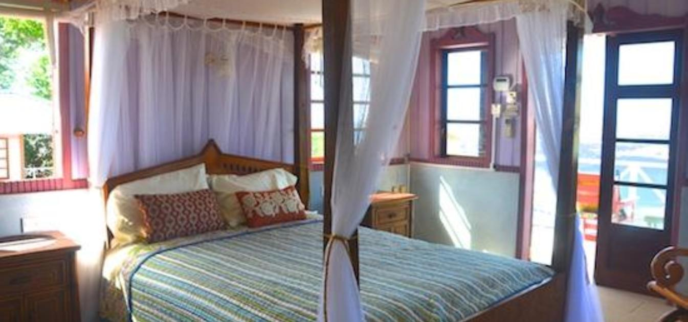 vacation-rentals/st-vincent-and-the-grenadines/bequia/friendship-bay/stardust-villa-bequia