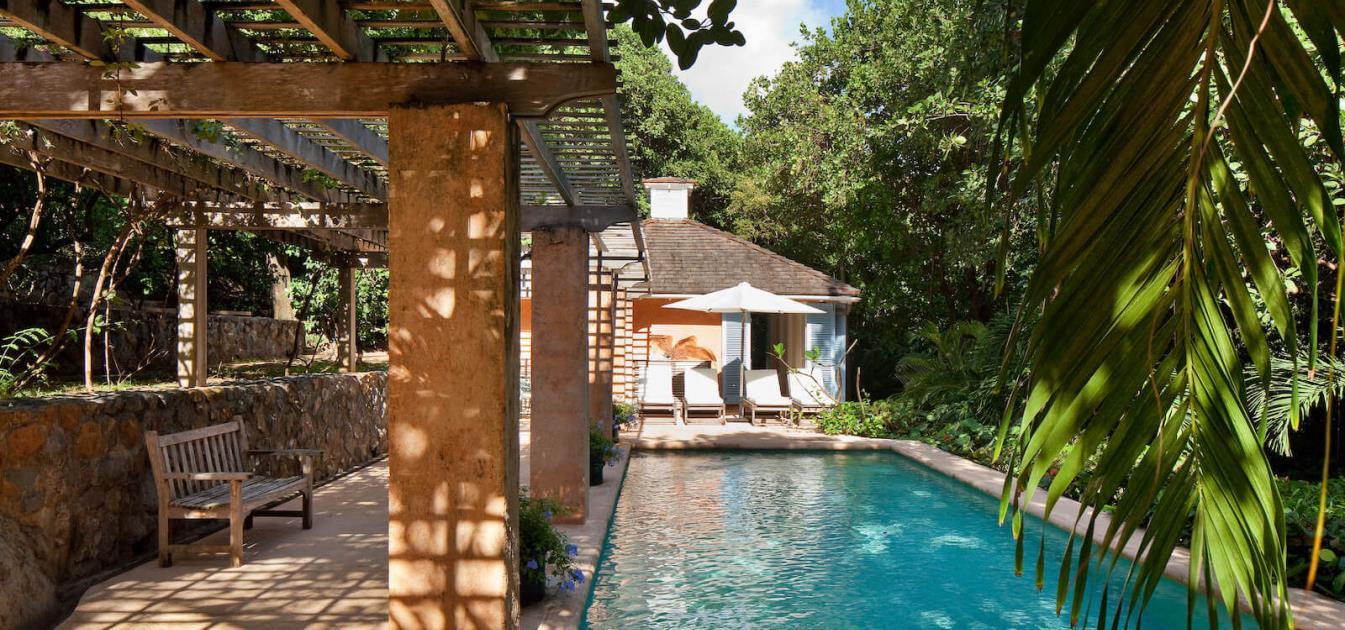 vacation-rentals/st-vincent-and-the-grenadines/mustique/macaroni-bay/simplicity-villa