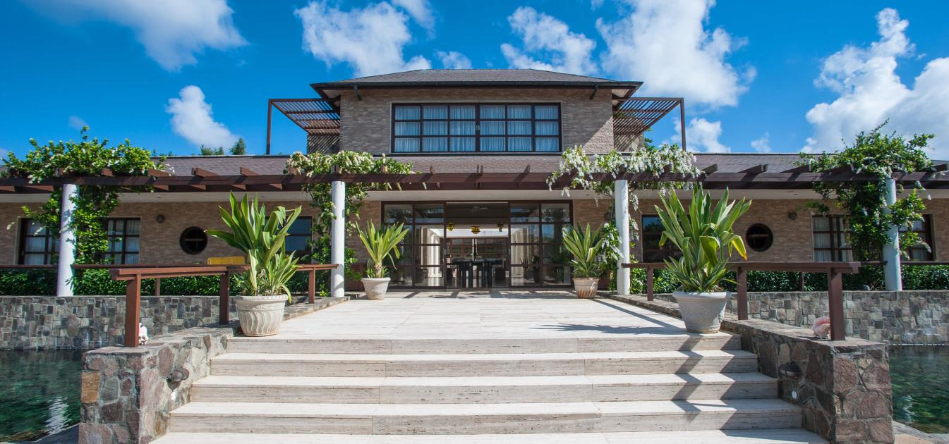 vacation-rentals/st-vincent-and-the-grenadines/mustique/endeavour-bay/wyler-house