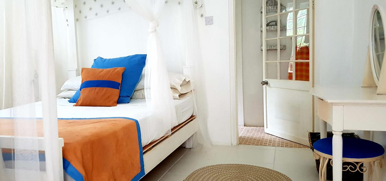vacation-rentals/st-vincent-and-the-grenadines/st-vincent/ratho-mill/moonwater-garden-apartment