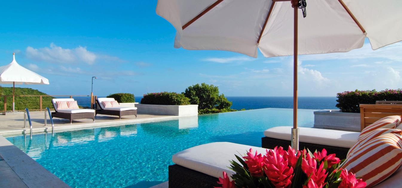 vacation-rentals/st-vincent-and-the-grenadines/canouan/canouan/silver-turtle-luxury-villa-canouan-6-bedroom-morpiceax-villa