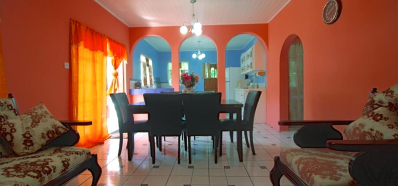 vacation-rentals/st-vincent-and-the-grenadines/bequia/friendship-bay/sea-star-villa