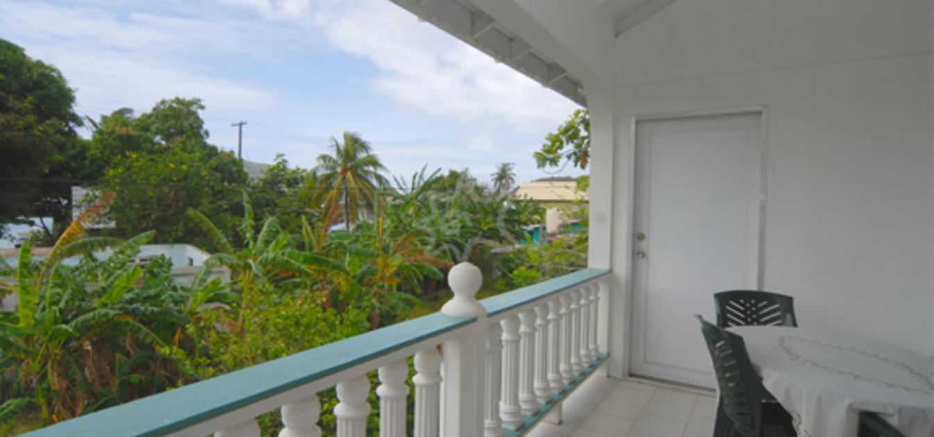 vacation-rentals/st-vincent-and-the-grenadines/bequia/ocar/breadfruit-apartment