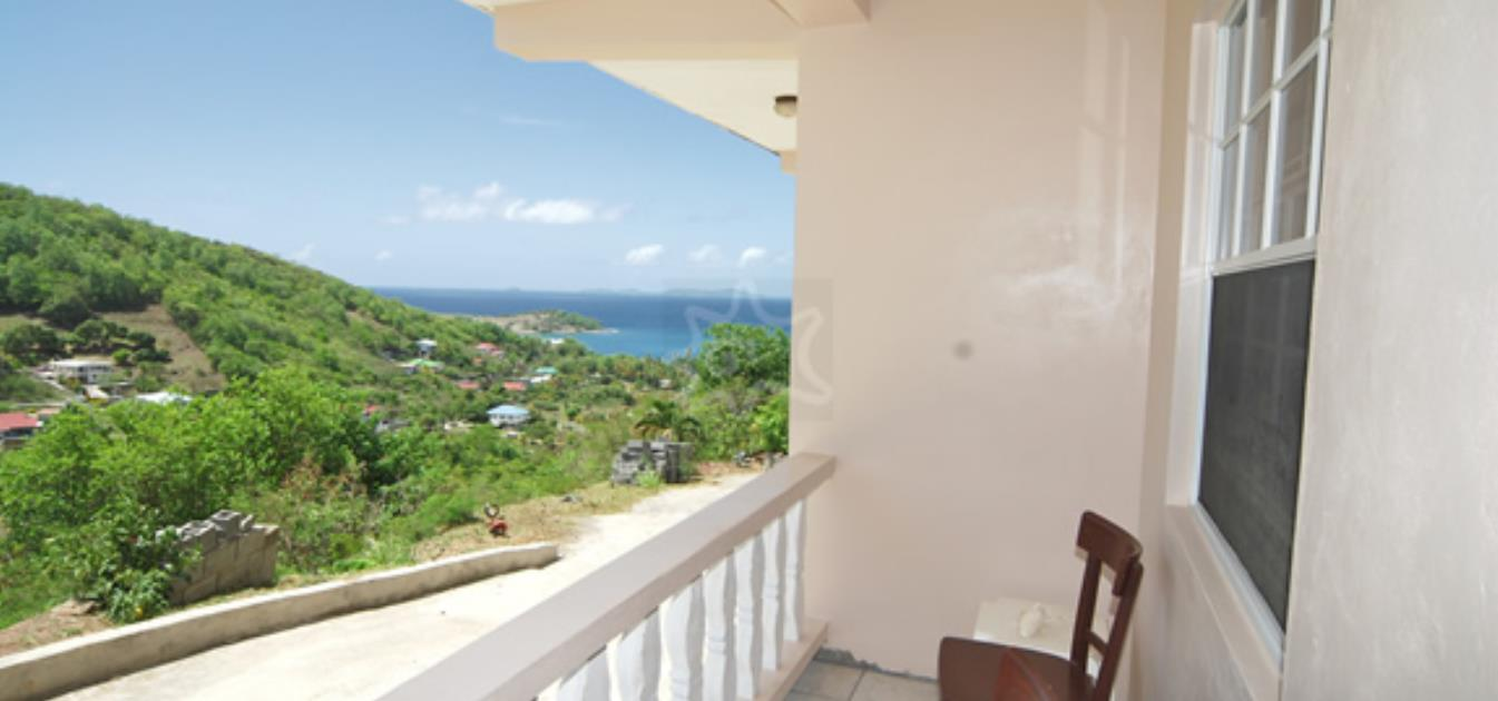 vacation-rentals/st-vincent-and-the-grenadines/bequia/friendship-bay/sunrise-view-lower