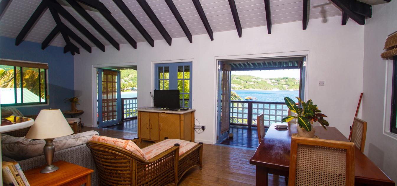 vacation-rentals/st-vincent-and-the-grenadines/bequia/friendship-bay/bequia-beachfront-estate-7-bedroom