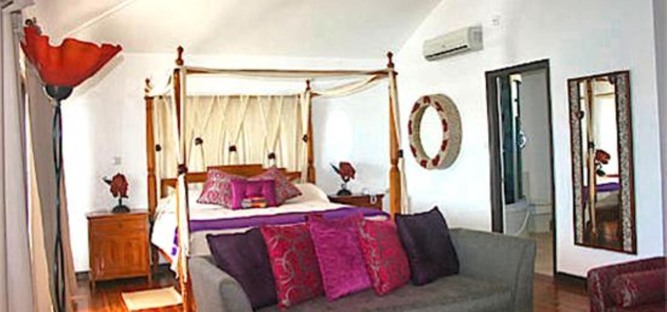 vacation-rentals/grenada/grenada/true-blue/blue-bay-honeymoon-suite