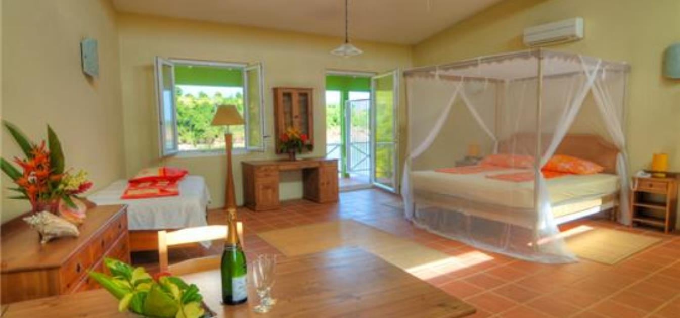 vacation-rentals/grenada/grenada-island/crochu/cabier-ocean-lodge-superior-guest-room