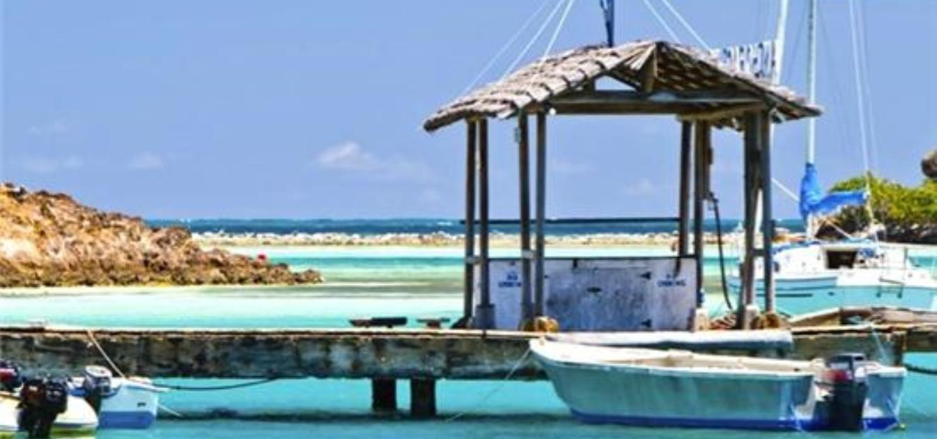 vacation-rentals/st-vincent-and-the-grenadines/union-island/clifton/anchorage-kitebeach-apartment