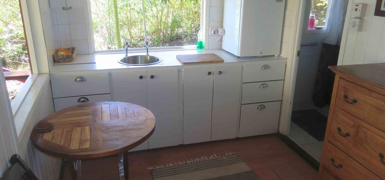 vacation-rentals/st-vincent-and-the-grenadines/bequia/mount-pleasant/cedar-cottage