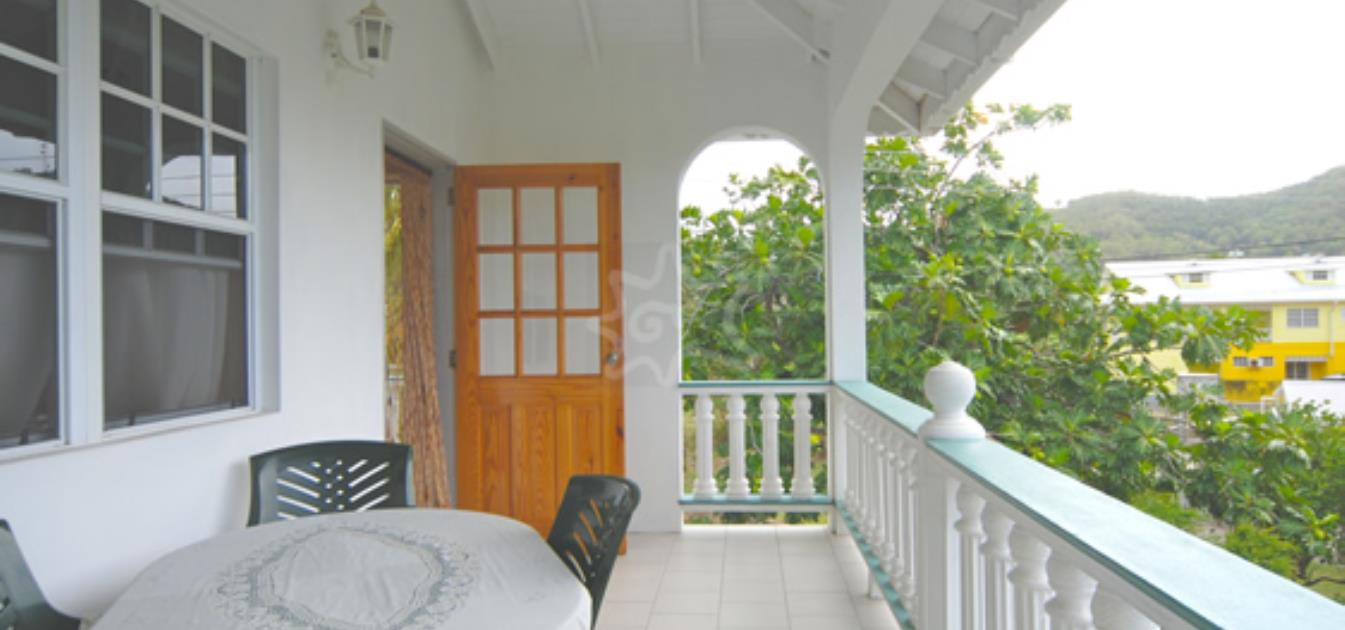 vacation-rentals/st-vincent-and-the-grenadines/bequia/ocar/papaya-apartment