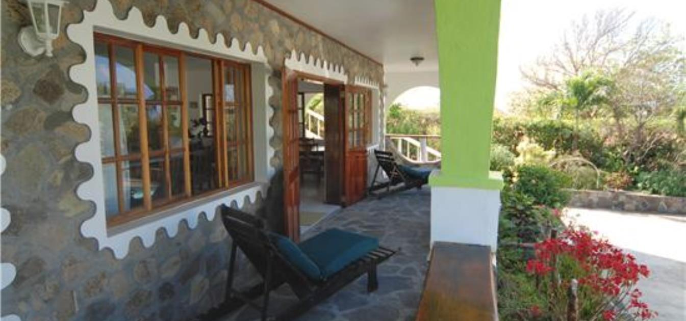 vacation-rentals/st-vincent-and-the-grenadines/bequia/mount-pleasant/blue-mountain