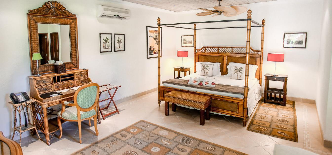 vacation-rentals/st-vincent-and-the-grenadines/bequia/friendship-bay/bequia-beach-hotel-one-bed-villa
