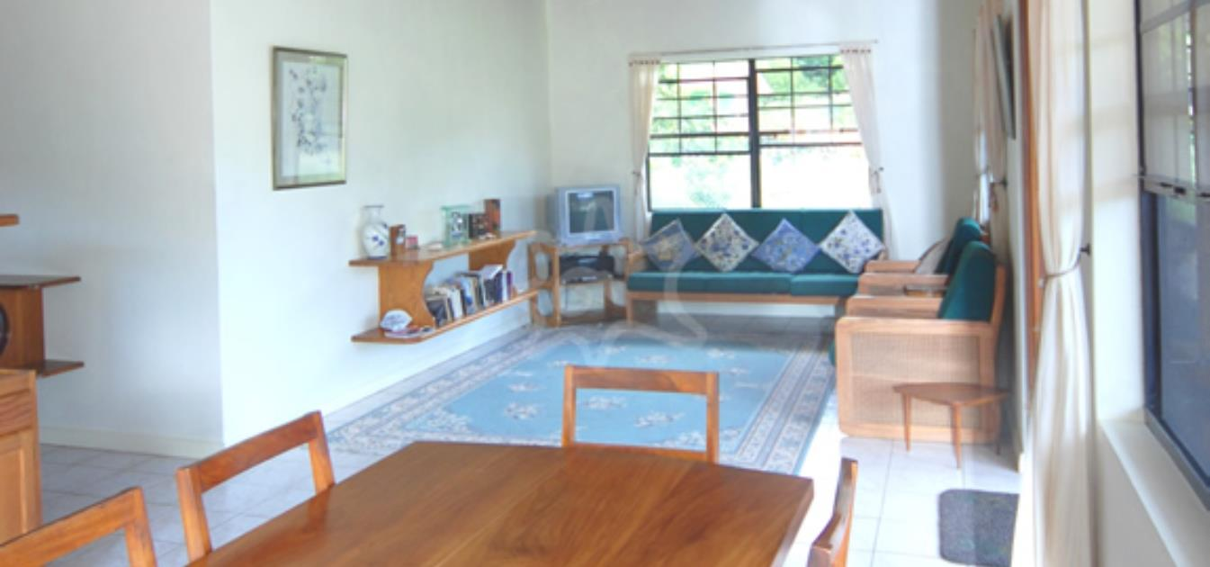 vacation-rentals/st-vincent-and-the-grenadines/bequia/ocar/plumrose-house